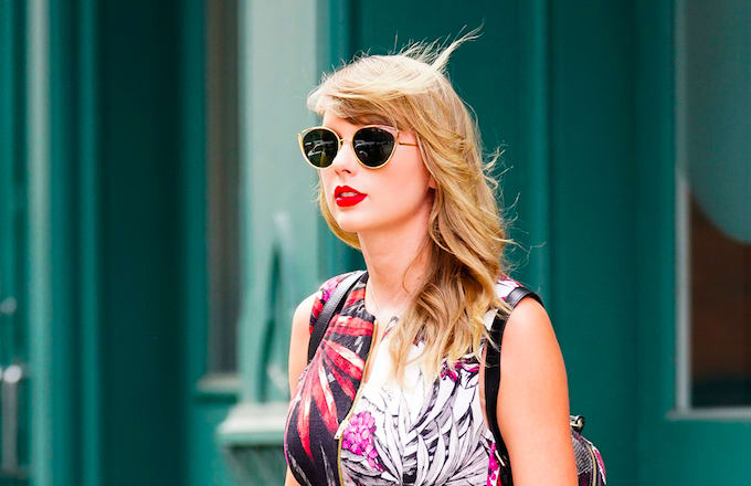 Taylor swift is being sued over her social networking app complex taylor swift stopboris Image collections
