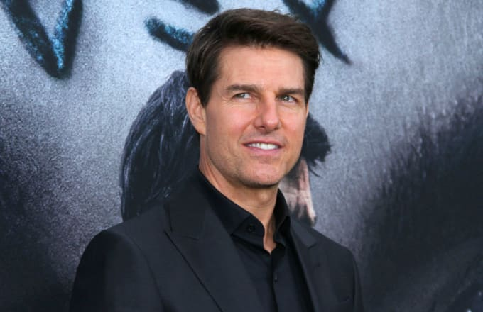 Tom Cruise 'juggled Bible study with blow jobs'