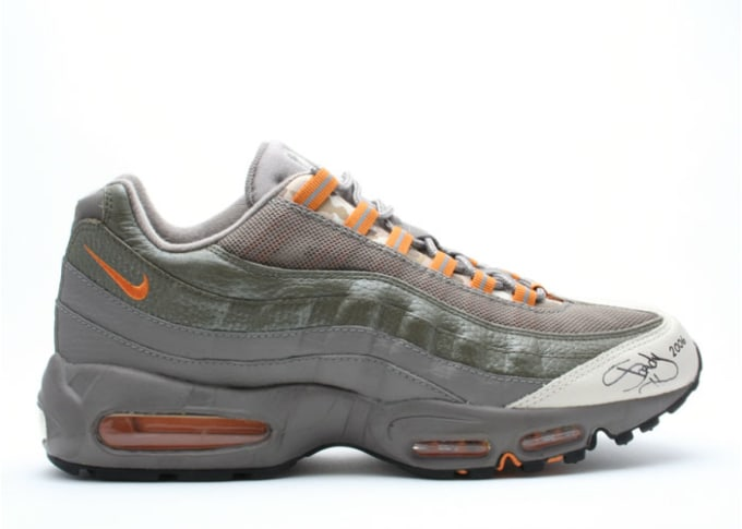 premium selection 79c1e 8a8ec Hip-hop loved the Air Max 95.