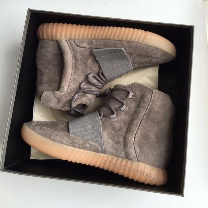000414fe1ea74 adidas Yeezy 750 Boost Light Brown Release Date Box BY2456