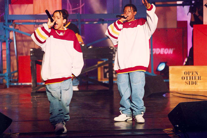 street-style-trends-started-by-rappers-backwards-clothes
