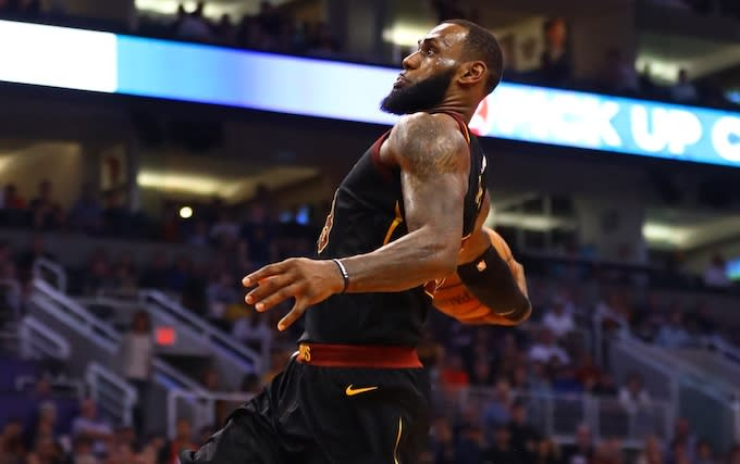 this is crazy lebron james executes the same windmill dunk four