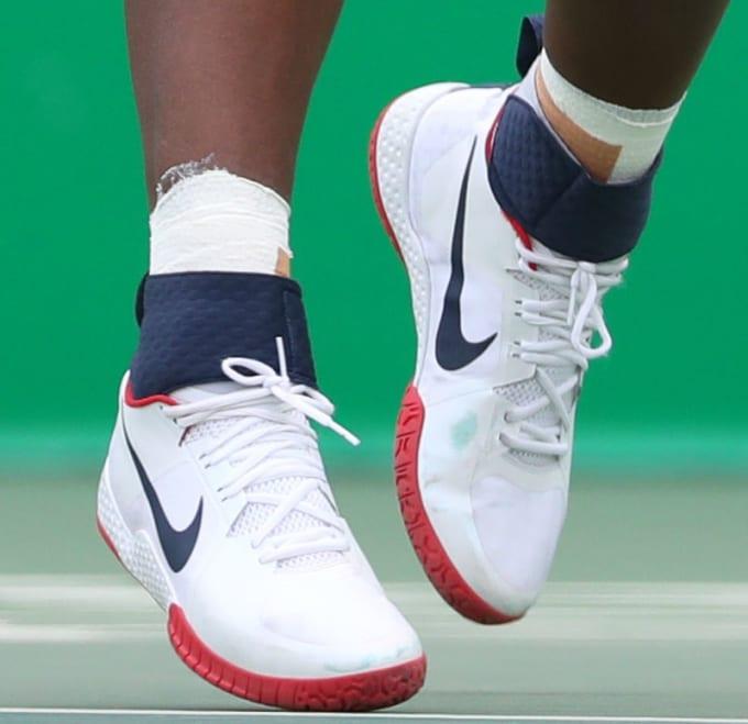 6323ac09f440b1 Serena Williams USA Olympics Nike Flare Close