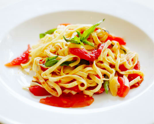 vegetarian-summer-recipes-pasta-tomatoes