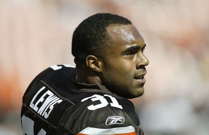 Running back Jamal Lewis of the Cleveland Browns