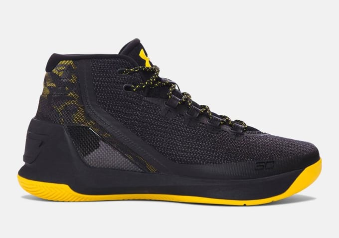 045b5d07f848 Stephen Curry s third signature basketball shoe hits stores in ...