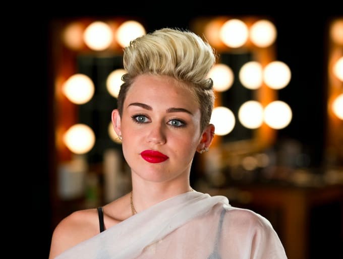 25-hottest-chicks-2010-miley-cyrus
