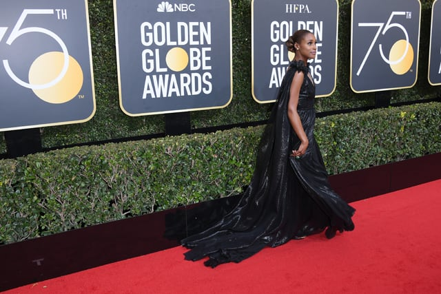 Issa Rae on the Golden Globes 2018 red carpet