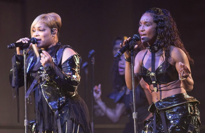 Singers Tionne 'T-Boz' Watkins (L) and Rozonda 'Chilli' Thomas of TLC