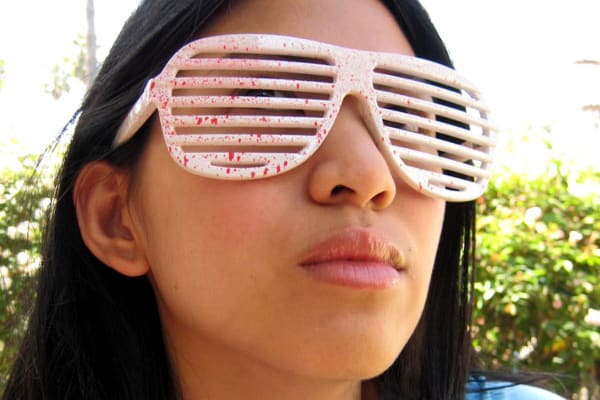early-2000s-fashion-shutter-shades