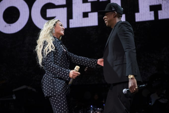 This is a photo of Beyonce and Jay Z performing at a Hillary Clinton event in 2016.