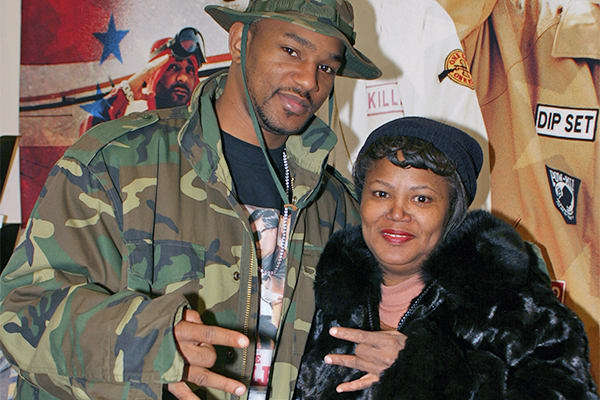 25-things-camron-bronx-liquor-store-mother