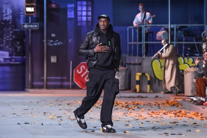 detailed look b34c5 9b73f 5 Ways That Sneaker Culture Infiltrated Paris Fashion Week