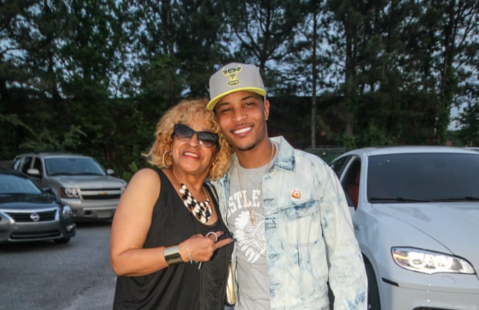 Precious and Clifford T.I Harris attend the Sister 2 Sister Ladies Night