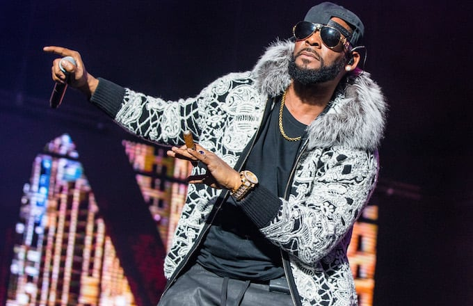 R. Kelly performs at Little Caesars Arena.