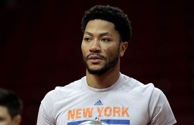 392b6bc7a9f NBA Fans Wonder What Derrick Rose Signing With Cavs Means for Kyrie ...