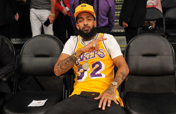 37381206f82 Nipsey Hussle Tribute Played at Staples Center Before Lakers-Warriors Game