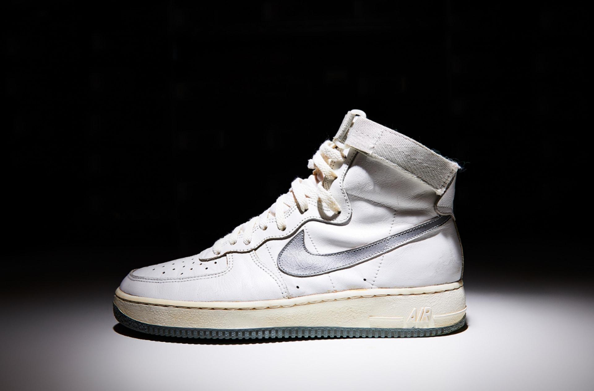 nike air force 1 white high top