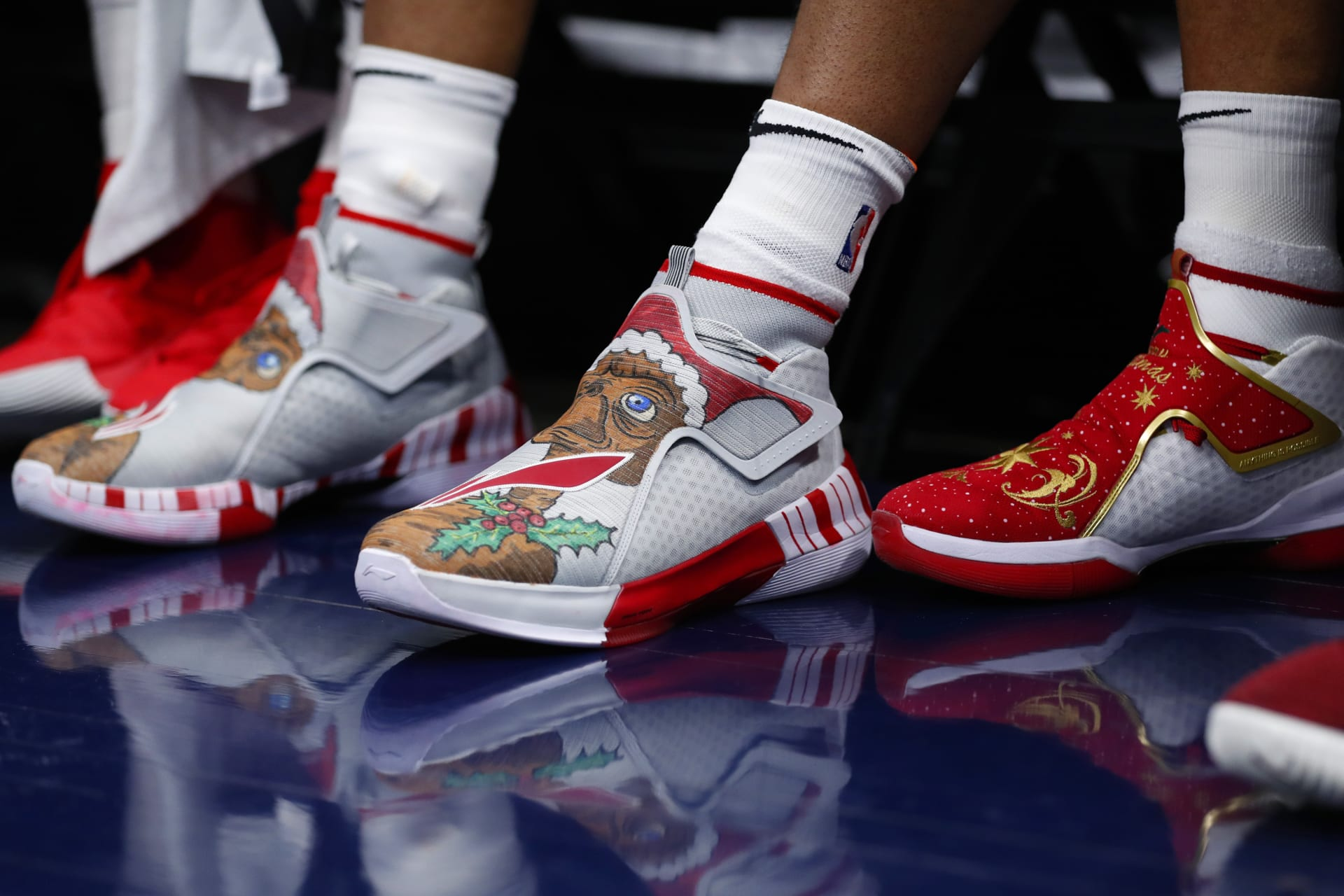 arrives 5728f c5758 NBA Christmas Shoes: Best Sneakers Worn on Christmas Day ...