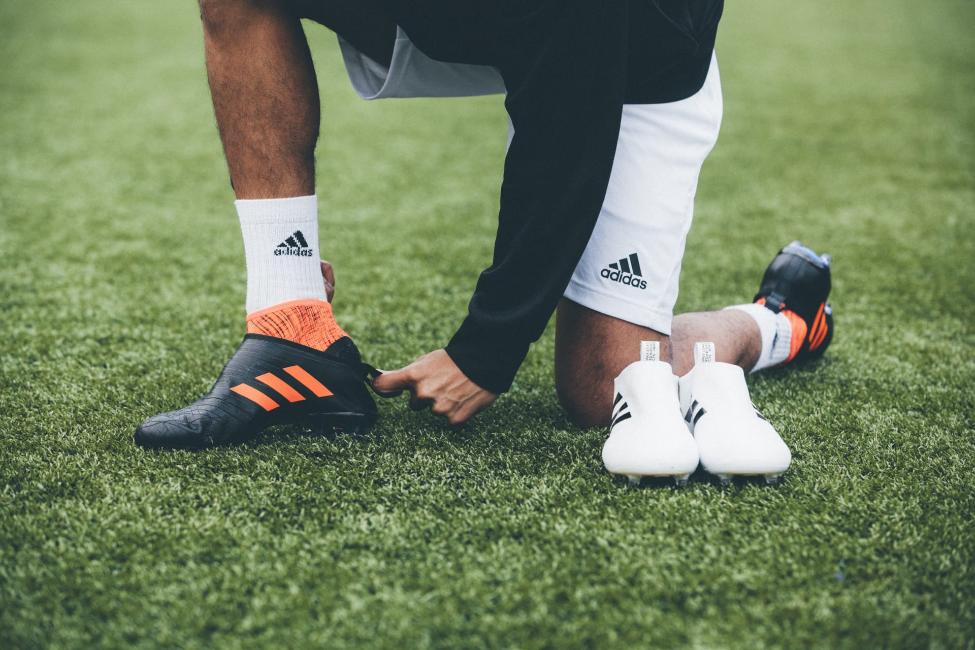 Best Adidas Glitch Football Boots Interchangeable Upper Sole