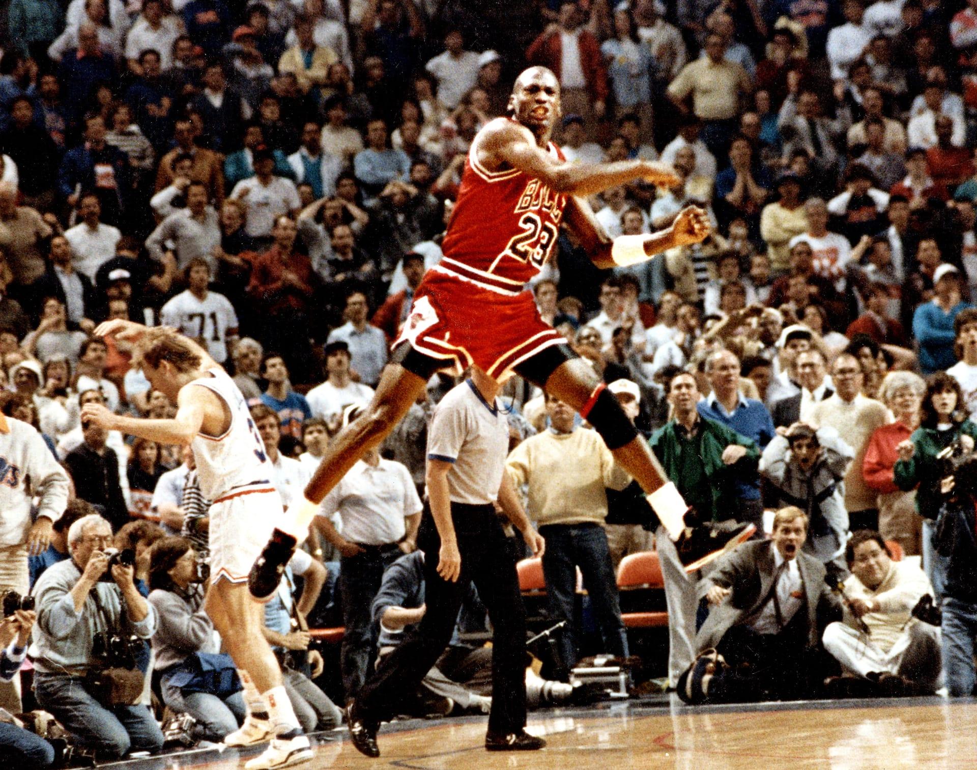 purchase cheap 6c8f6 f8cfd michael-jordan-the-shot-1989