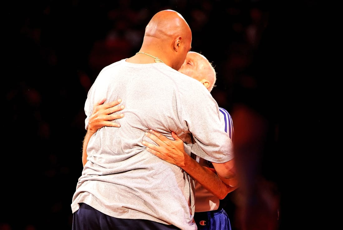 Charles Barkley Dick Bavetta Kiss 2007