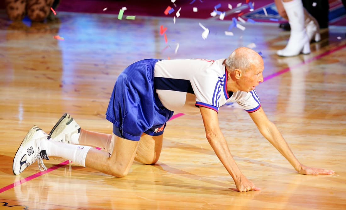 Dick Bavetta Charles Barkley Finish Line 2007