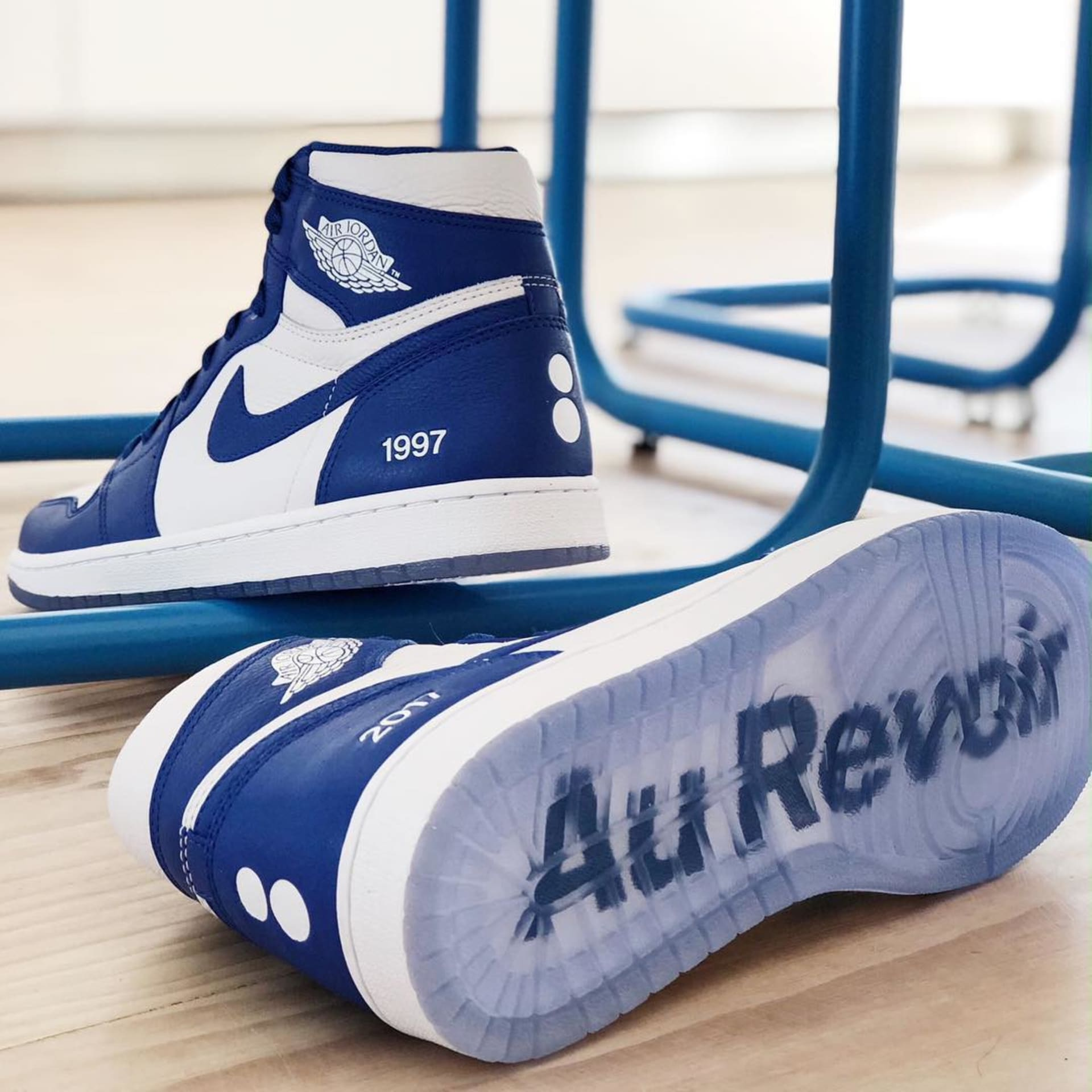 85602445a4a772 Colette x Air Jordan I Retro High (Friends and Family)