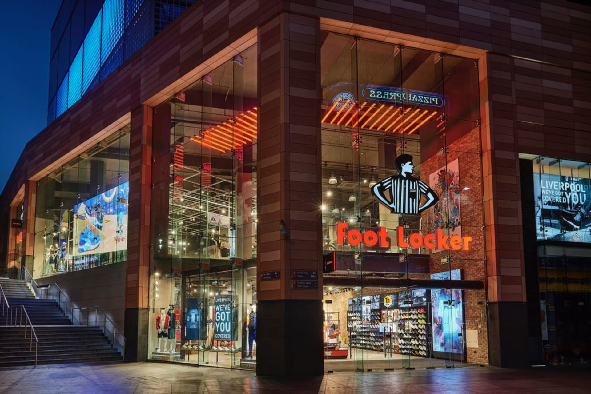 cf16b16a0fd069 Here s What Went Down at the Foot Locker Liverpool ONE Store Opening ...