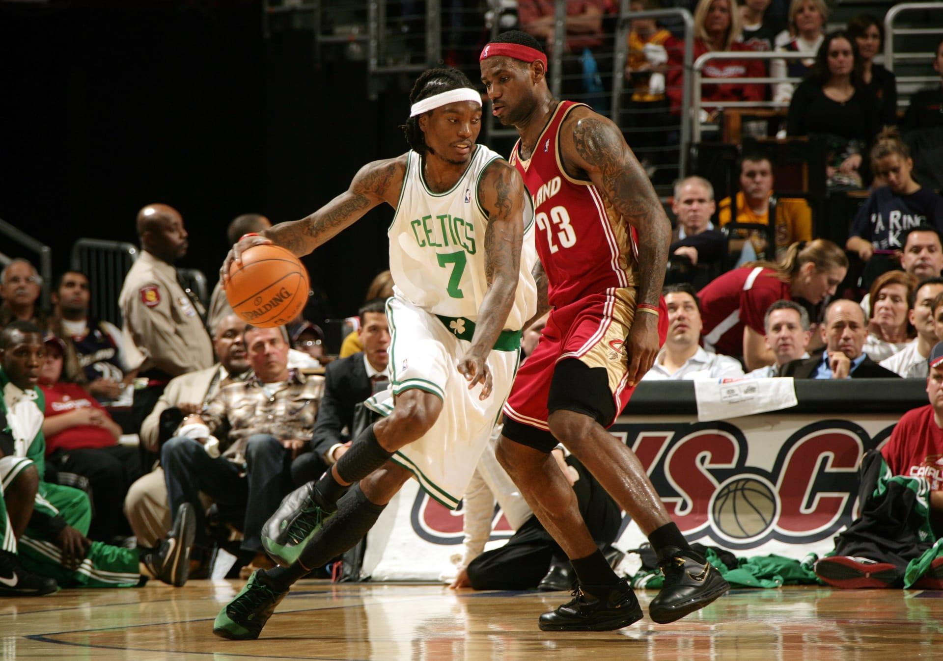 best loved 23038 3bcde 2009 - Nike LeBron VII