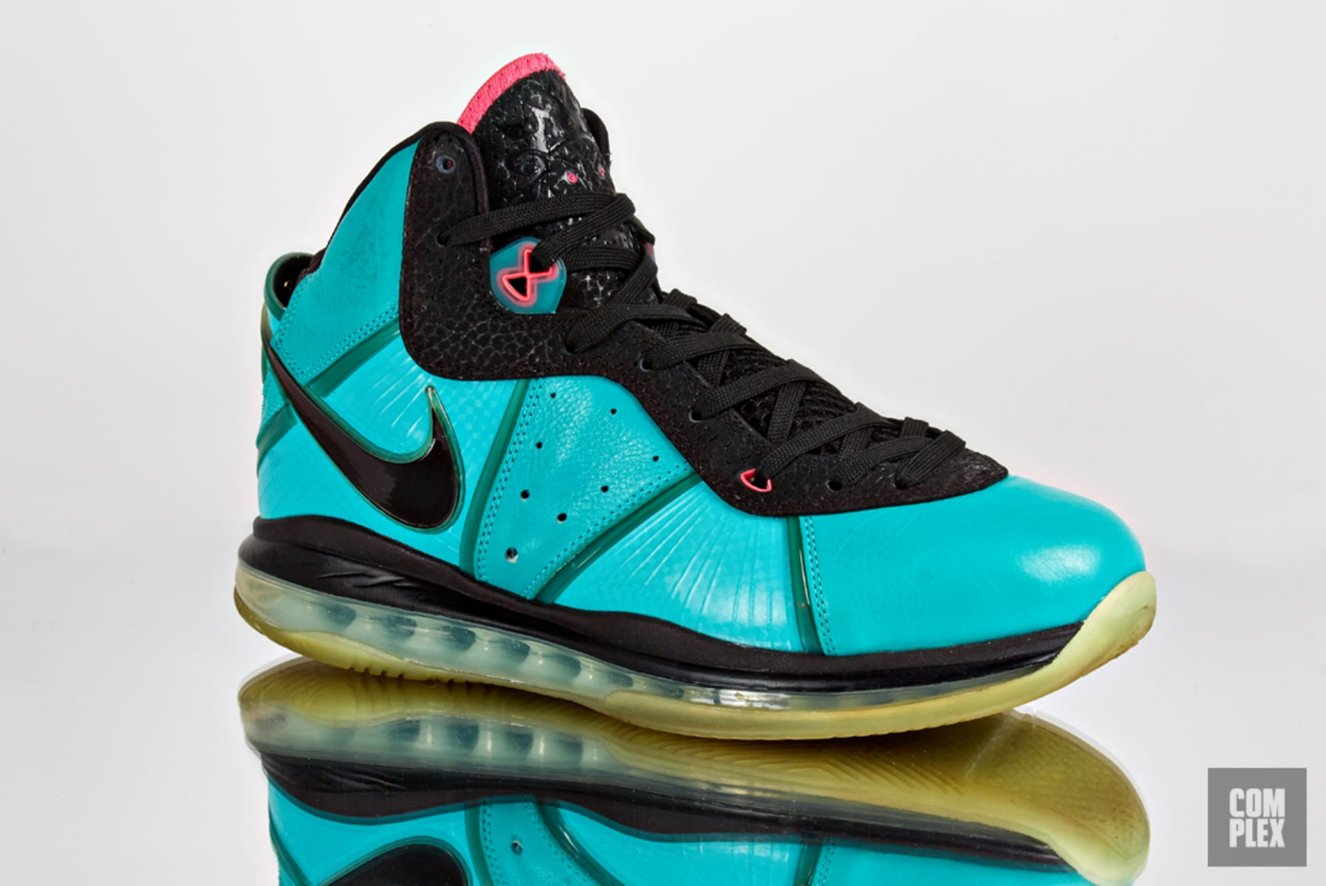 6c1aaf96a81 Is LeBron James the Sneaker World s Last Real Signature Athlete ...