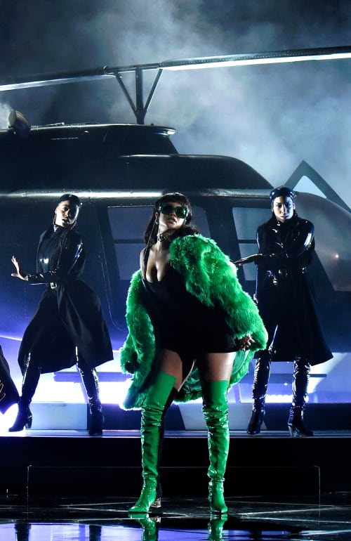 Rihanna 2015 iHeartRadio performance