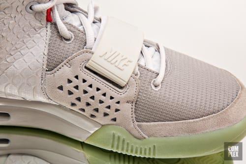 "Nike Air Yeezy 2 ""Pure Platinum"""