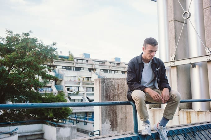 "Premiere: Producer FloFilz Gives His Jazzy View On ""Camberwell"" With Assistance From Alfa Mist"