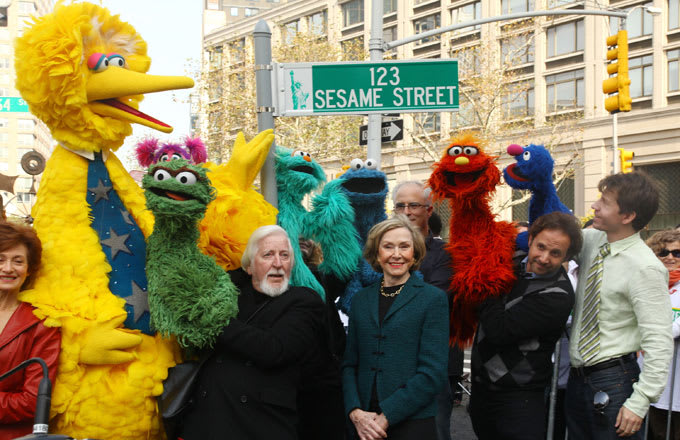 People Are Weighing In on This Question Posed by 'Sesame Street'
