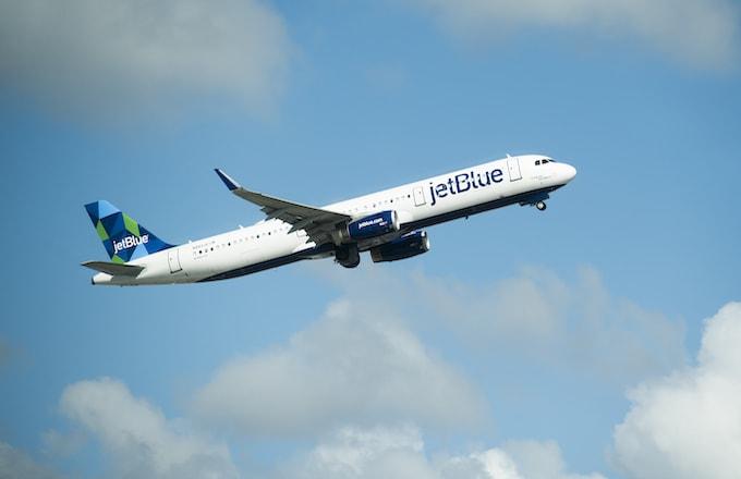 JetBlue Pilots Accused of Drugging, Raping Female Crew Members in Lawsuit