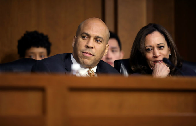 Cory Booker Has Reportedly Been Dating Rosario Dawson Since Last Month