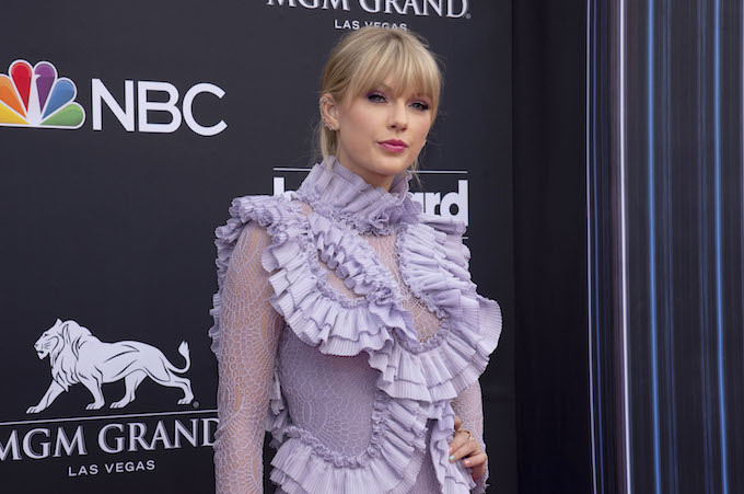 Taylor Swift Says Scott Borchetta Had '300 Million Reasons' to Partner With Scooter Braun