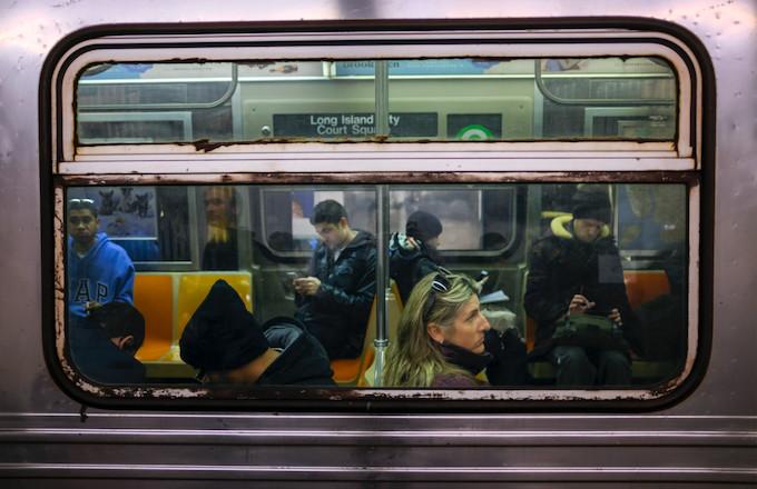 Retired NYPD Detective Pulls Gun on Bat-Wielding Man on Brooklyn Train