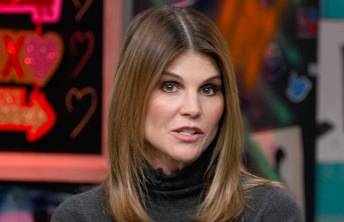 Lori Loughlin Reportedly Rejected a Plea Deal Because She Thought the D.A. Was 'Bluffing'