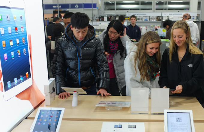 Apple Expands Its Product Repair Services to U.S. Best Buy Locations