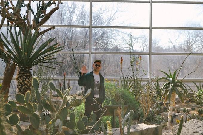 "Premiere: New York-Based Experimentalist DJ ST. THOMAS Returns With ""FODDER"""