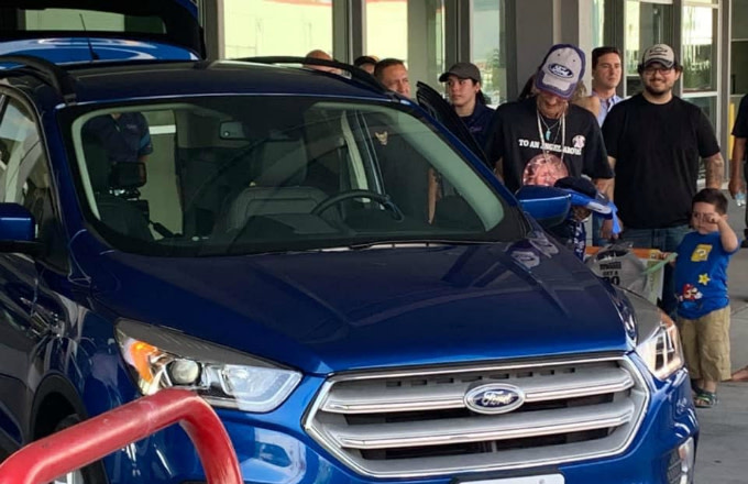 El Paso Community Gets Man New Car After Someone Wrecked It Following His Wife's Funeral