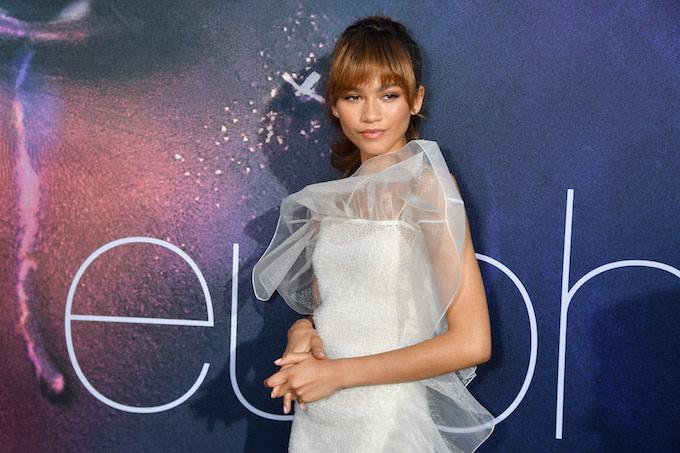 Zendaya Posts Warning Ahead of 'Euphoria' Premiere