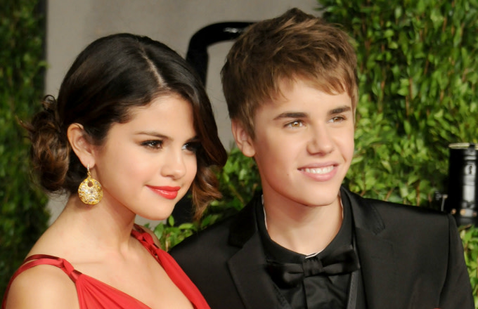 Selena Gomez's Hacked Instagram Account Shares Nude Bieber Photos
