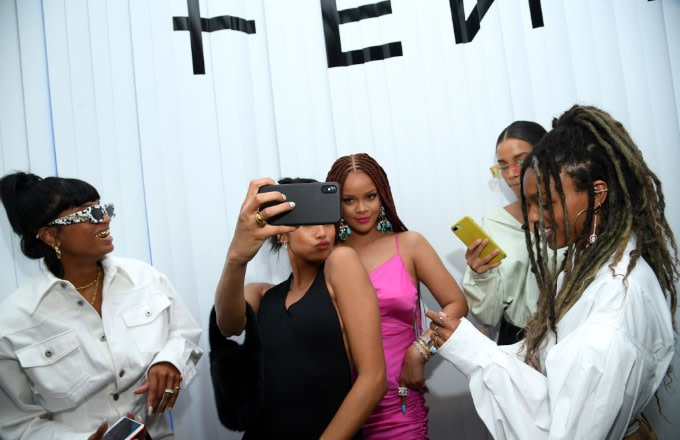 Rihanna's NYC Fenty Pop-Up Featured a 'No More Music' T-Shirt