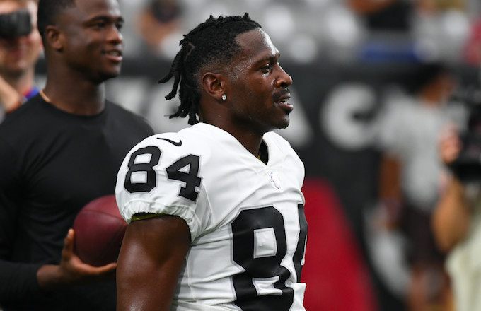 Antonio Brown Responds to Report of His Helmet Failing NFL Testing: 'Unbelievable'