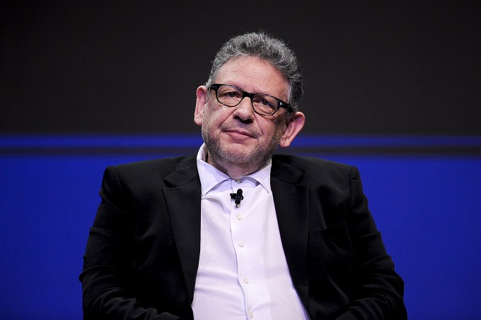 Lucian Grainge Writes Letter to Staff About 2008 Universal Music Fire: 'We Owe Our Artists Transparency'