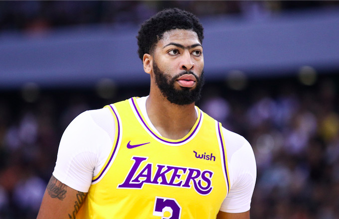 Anthony Davis Suffered a Grade 1 Thumb Sprain in Preseason Game Against Nets