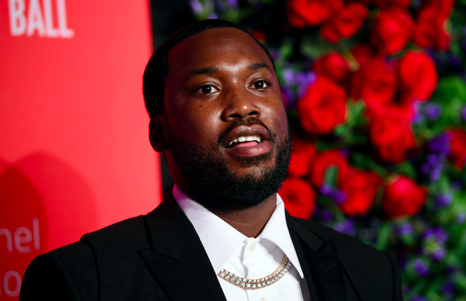 Meek Mill Donates Backpacks and Supplies to Students at His Former Elementary School